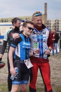 Dawid z Jackiem po jeździe rowerem i biegu